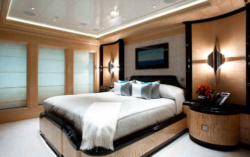 Yacht Excellence V guest stateroom